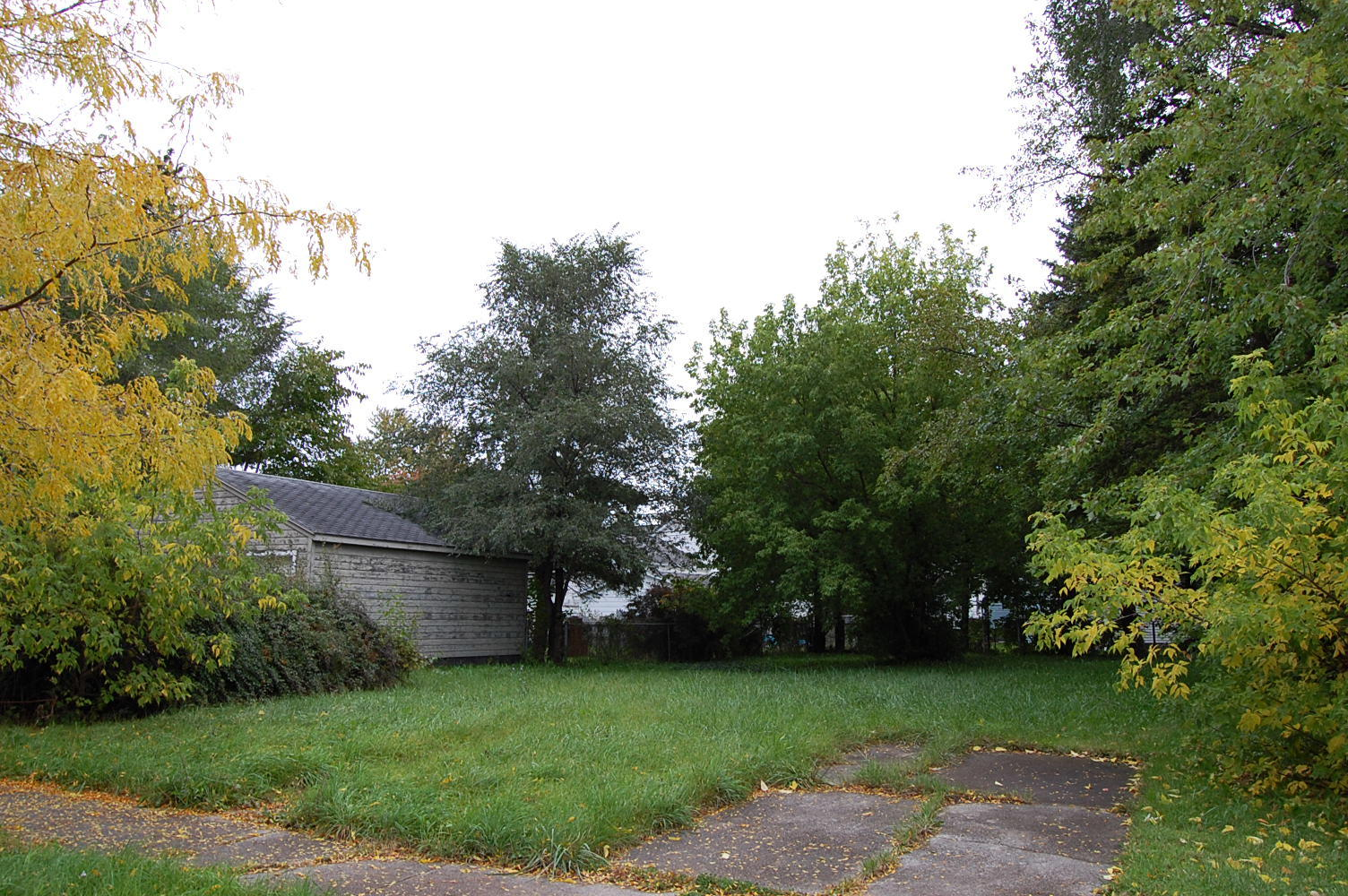Charming Lot in Family Friendly Community - Image 0