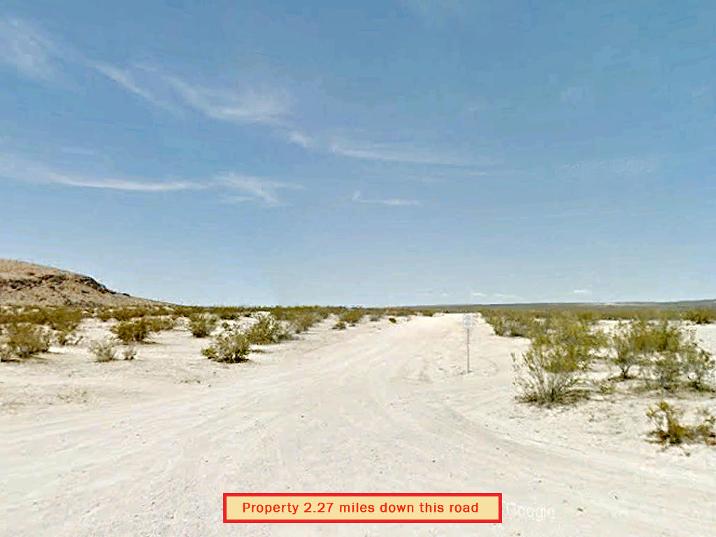 No Neighbors Near This Remote California Parcel - Image 4