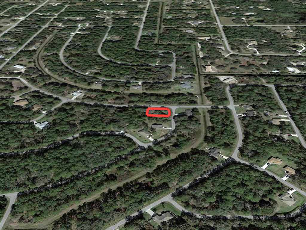 Nice Neighborhood Lot Near Florida Coast - Image 3