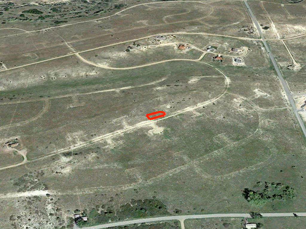 Colorado City Property 1 Mile From City Center - Image 2