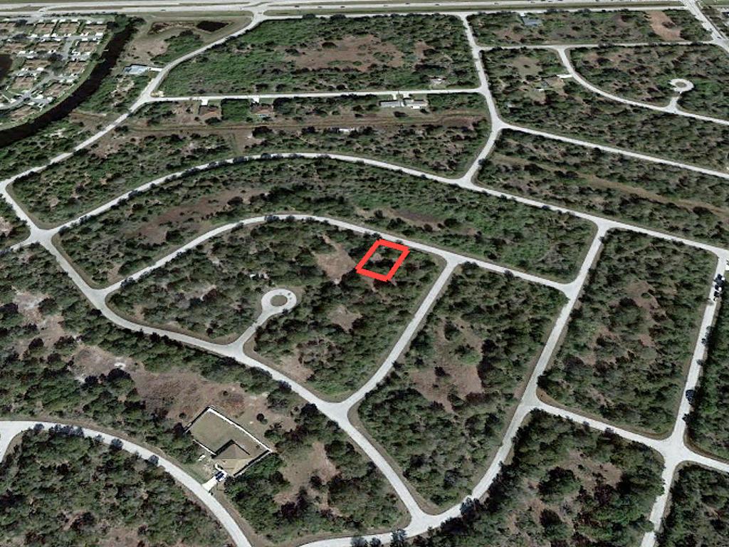 Quarter Acre in Beautiful Florida Subdivision - Image 3