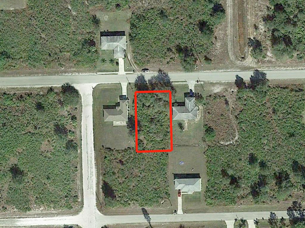 Quarter Acre Residential Lot in Lehigh Acres - Image 2