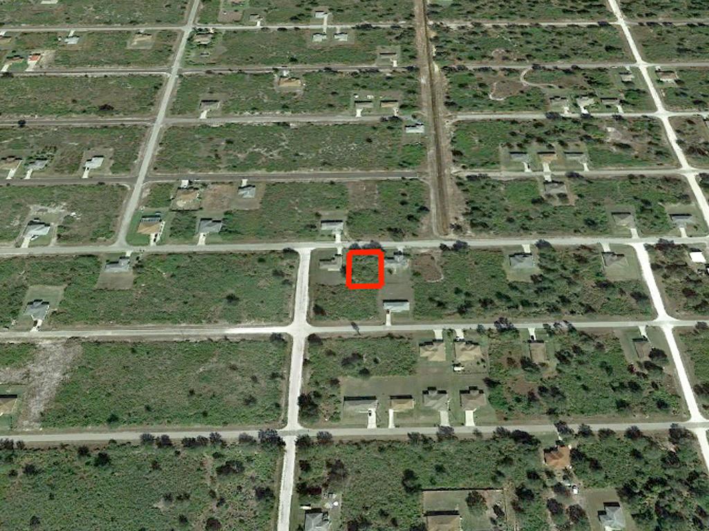 Quarter Acre Residential Lot in Lehigh Acres - Image 3