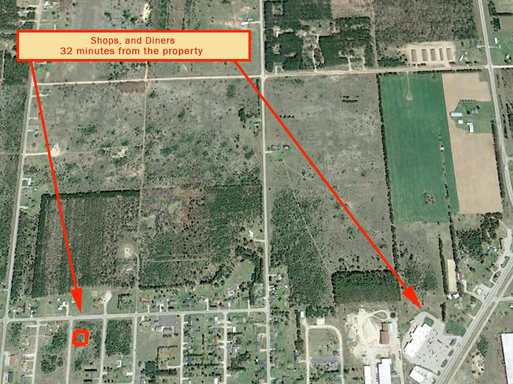 Upper Michigan Northern Village Property - Image 5