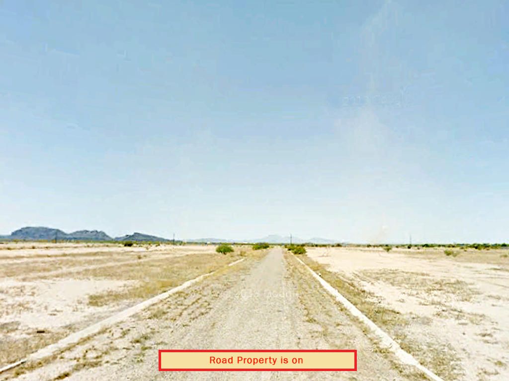 Cleared Desert Land in Arizona City Rural Countryside - Image 4