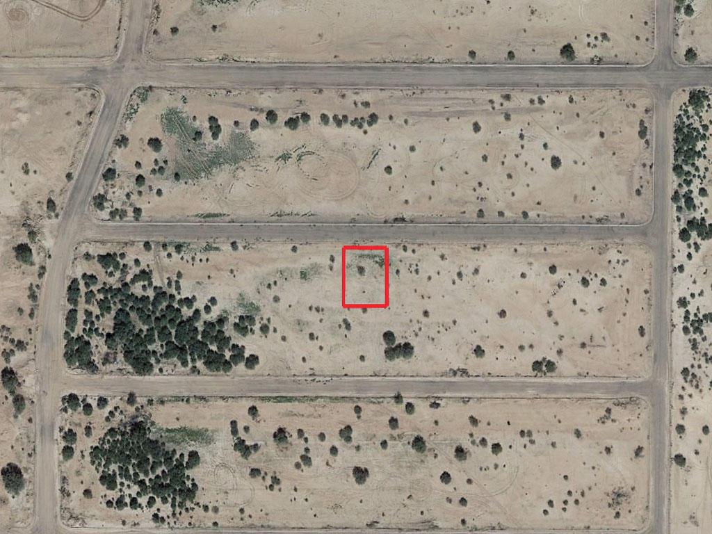 Charming Desert Lot in Arizona City - Image 2