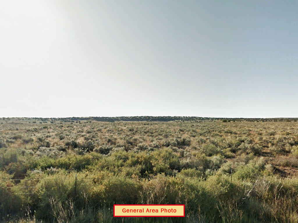 Off Grid Living on Private 1 Acre Parcel in Eastern Arizona - Image 3