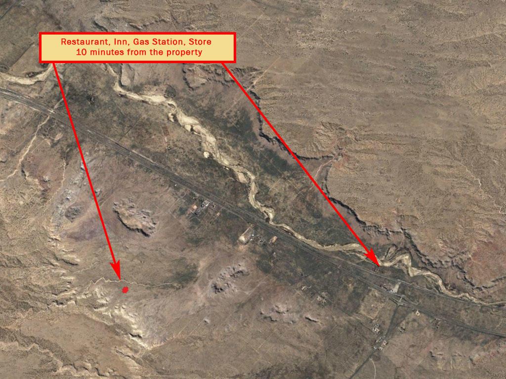 Off Grid Living in the Arizona Desert - Image 6