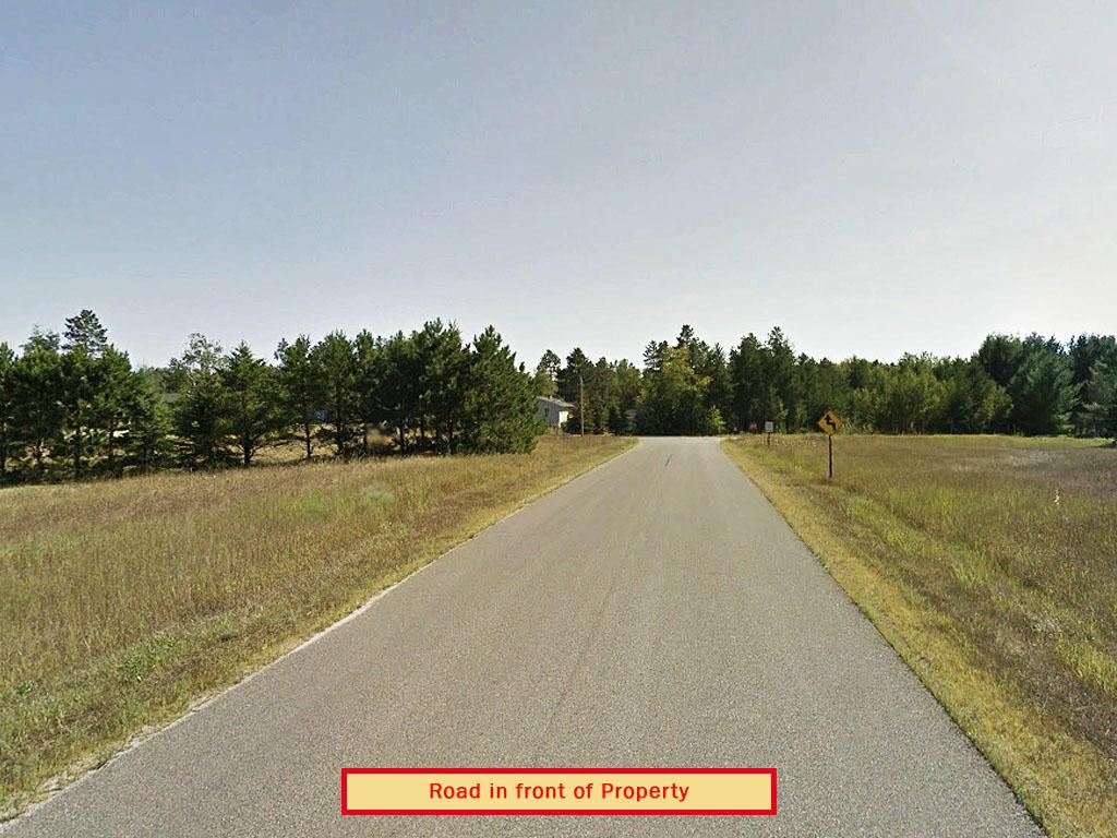 Stunning Half Acre Near Spirit Lake - Image 4