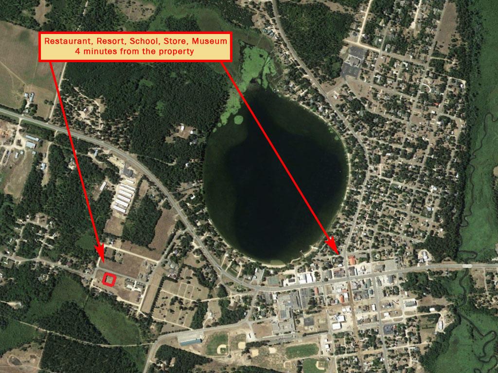 Stunning Half Acre Near Spirit Lake - Image 5