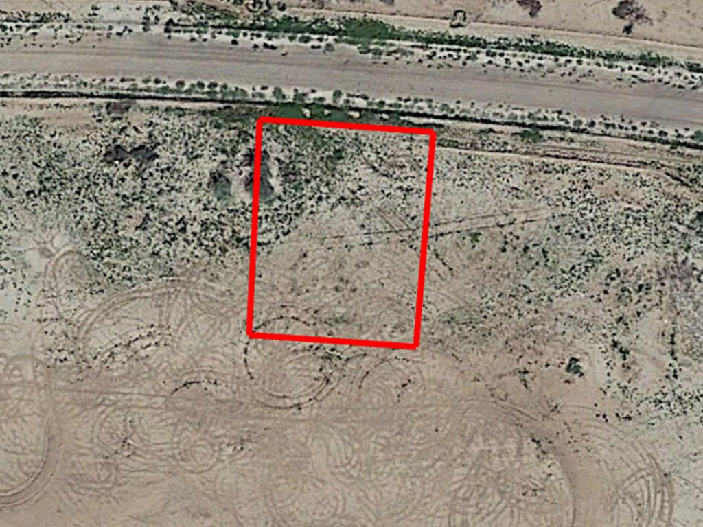 Attractive Flat Desert Residential Arizona Lot - Image 1