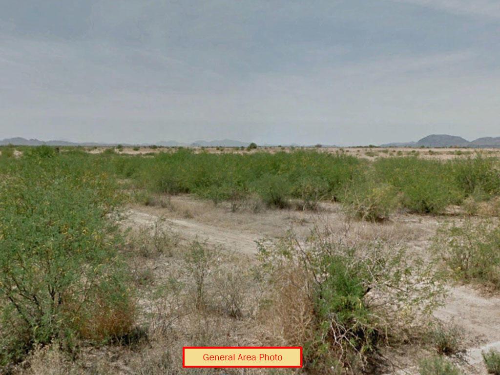 Attractive Flat Desert Residential Arizona Lot - Image 0