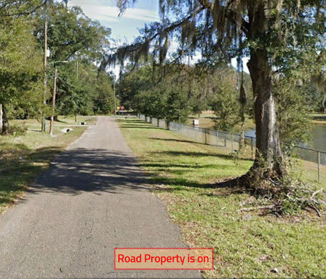 Small Lot in Jacksonville With Nice Access - Image 6