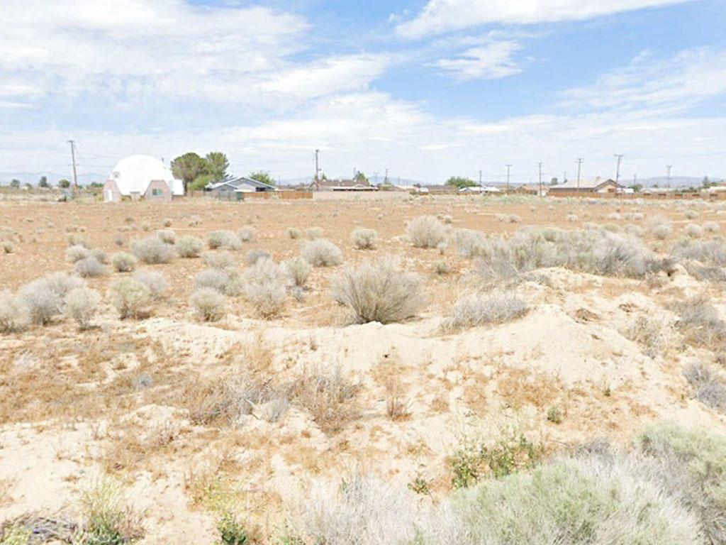 Near Quarter Acre Cleared Lot Outside California City - Image 3