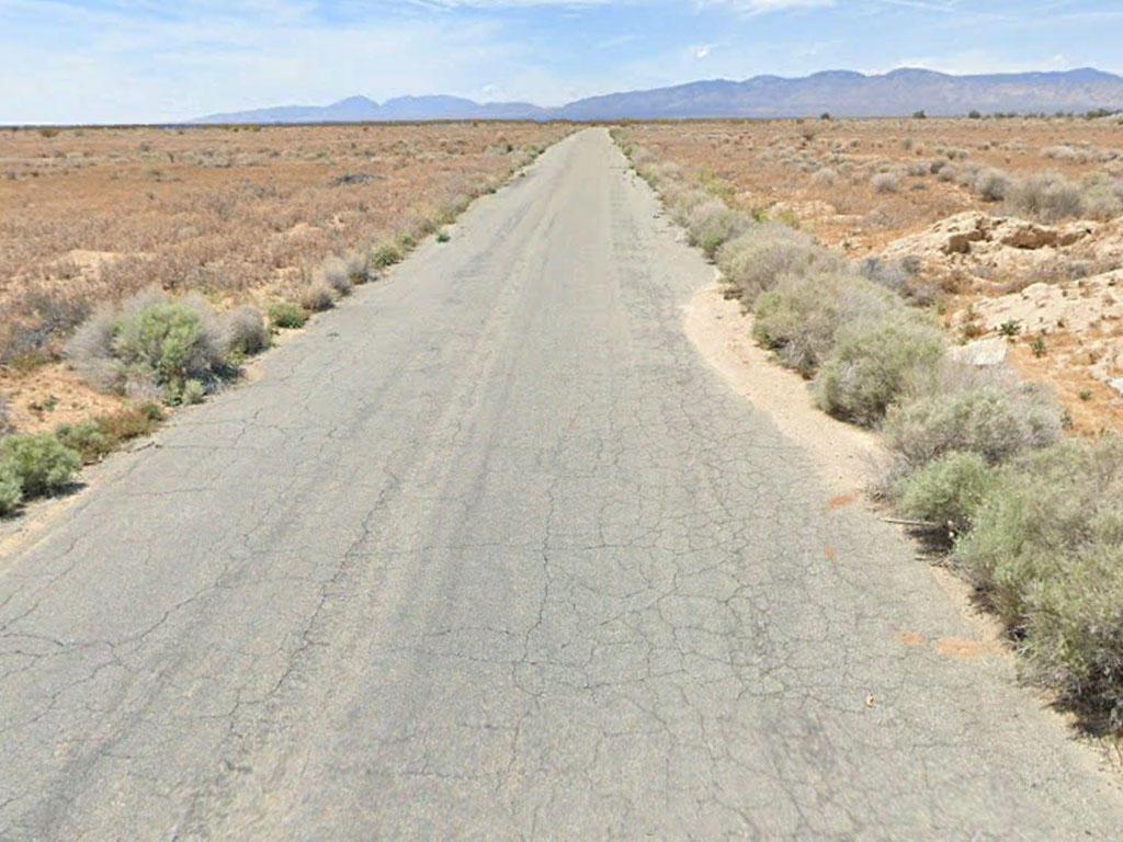 Near Quarter Acre Cleared Lot Outside California City - Image 4