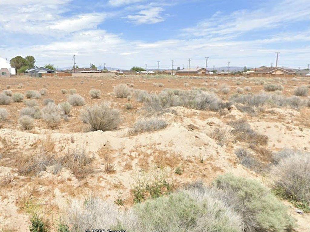 Near Quarter Acre Cleared Lot Outside California City - Image 0