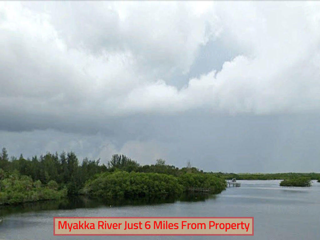 Florida Property in Up and Coming Area - Image 4