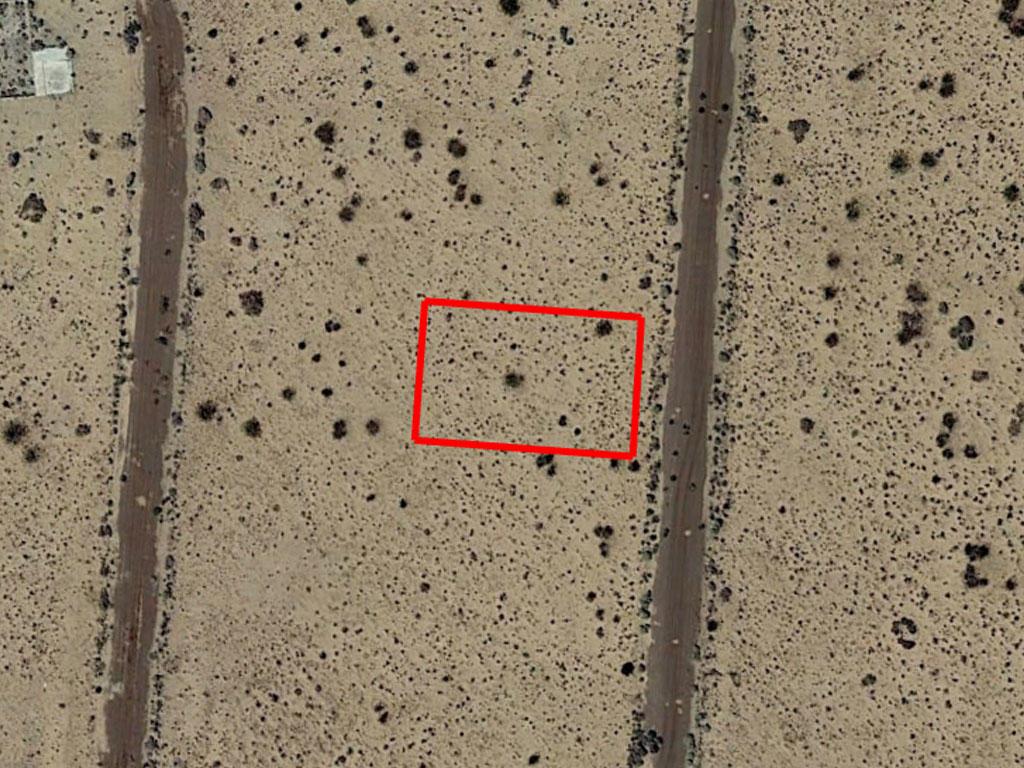 California Living on Quarter Acre Desert Land - Image 2