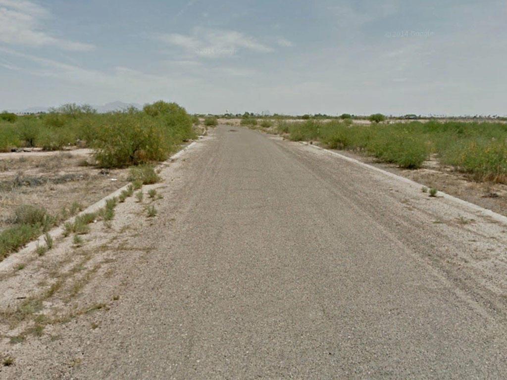 Dream Big on this Arizona City Lot - Image 4