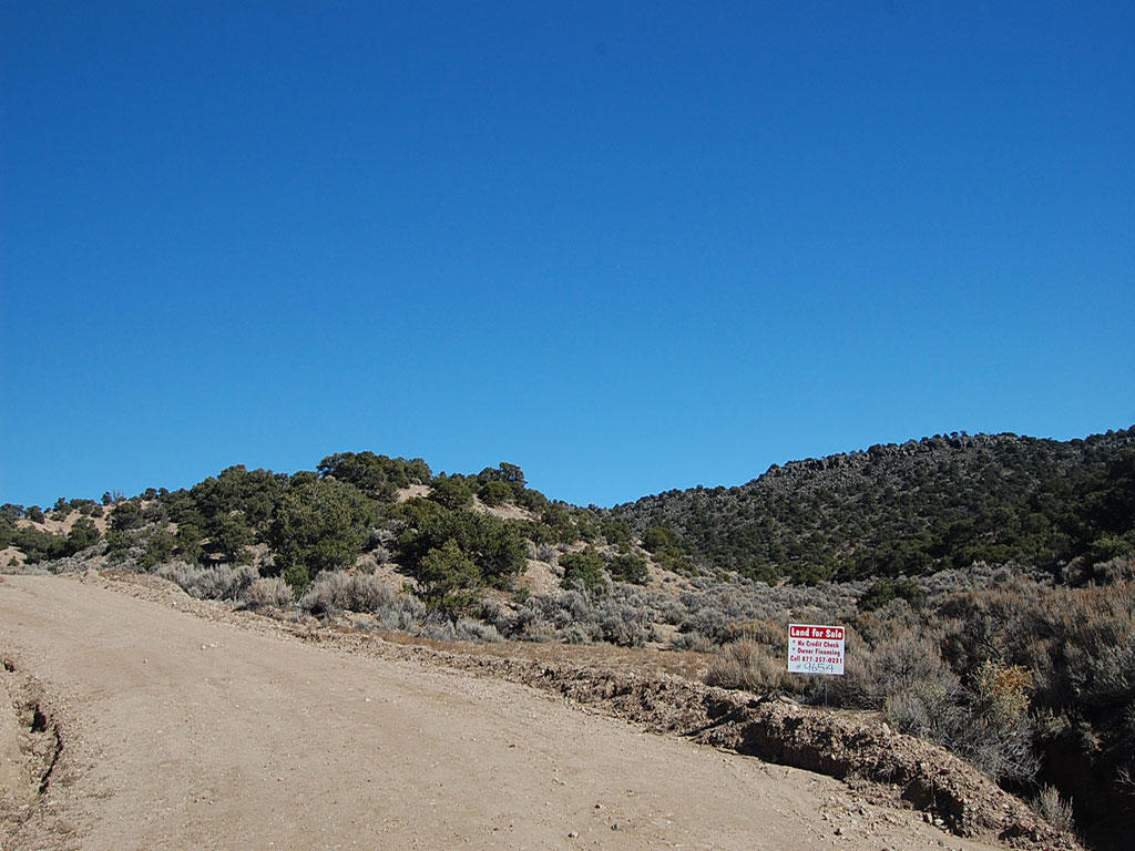Over 5 Acres of Land South of Colorado Springs - Image 0