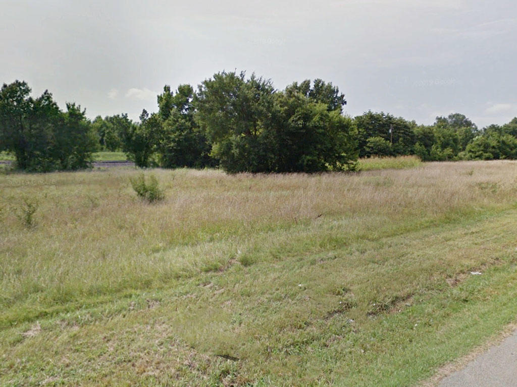 Clear and Flat Lot Near Newport Arkansas - Image 3