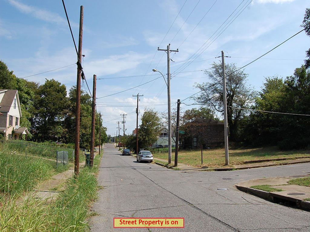 Historic District Memphis Residential Lot - Image 4