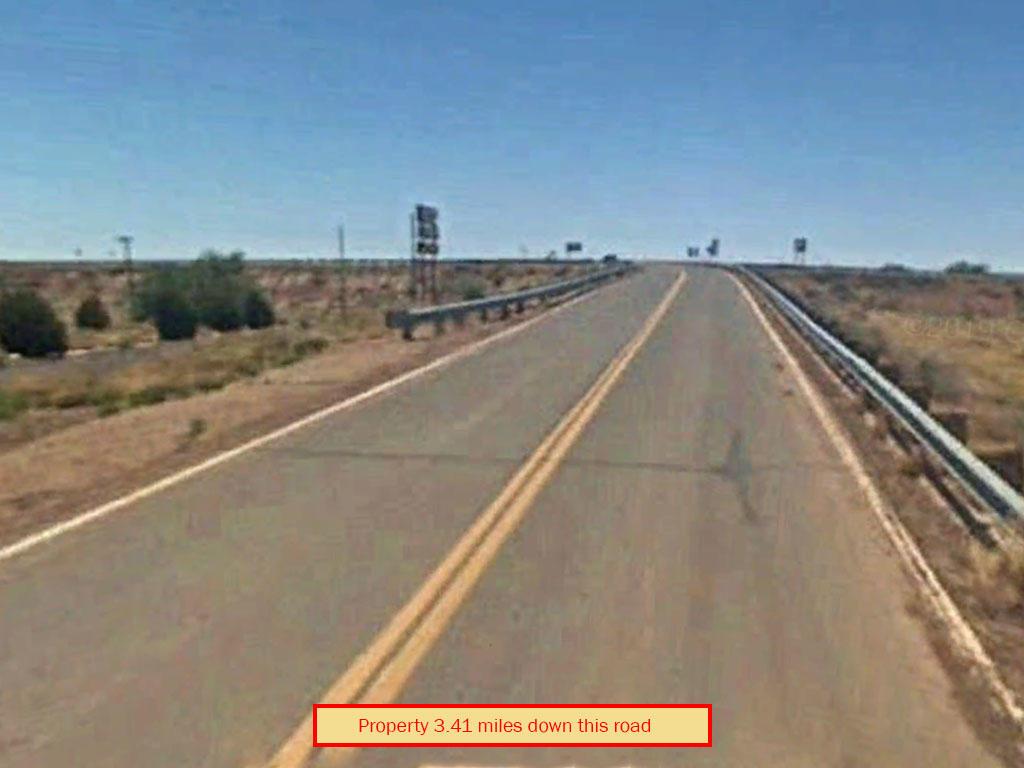 Off Grid Living on 2 Acres of Desert Land - Image 4