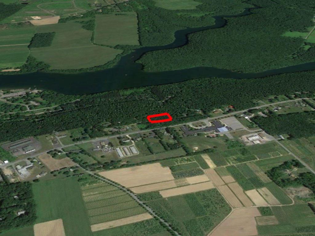 Fertile Land Near Lehigh River - Image 2