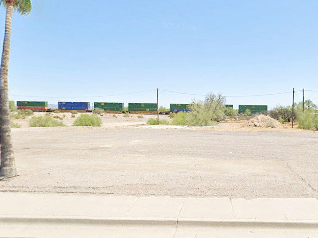 Commercial Real Estate off Main Road - Image 3