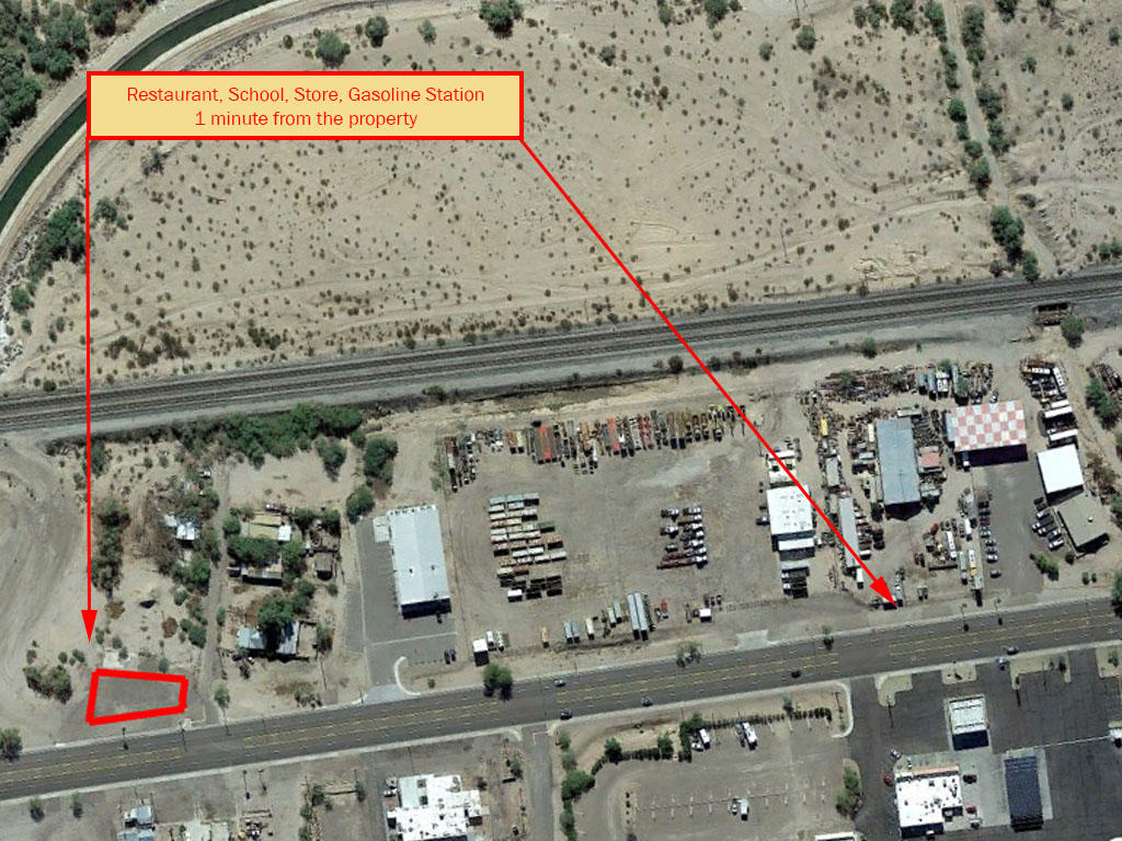 Commercial Real Estate off Main Road - Image 5