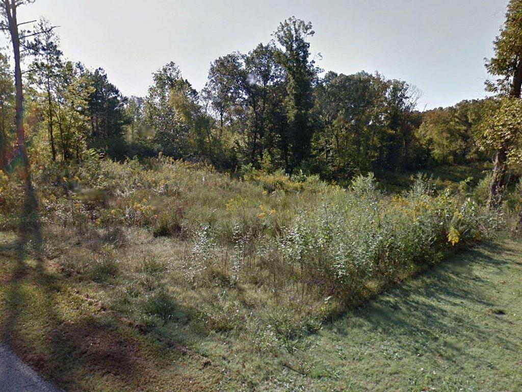 Amazing 8 Acres Offers Private Sanctuary - Image 0
