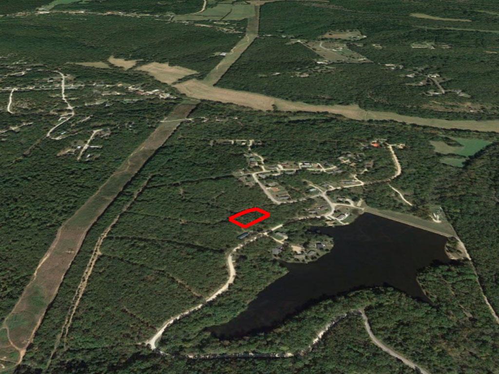 Spacious Land Near Wildwood Lake - Image 2