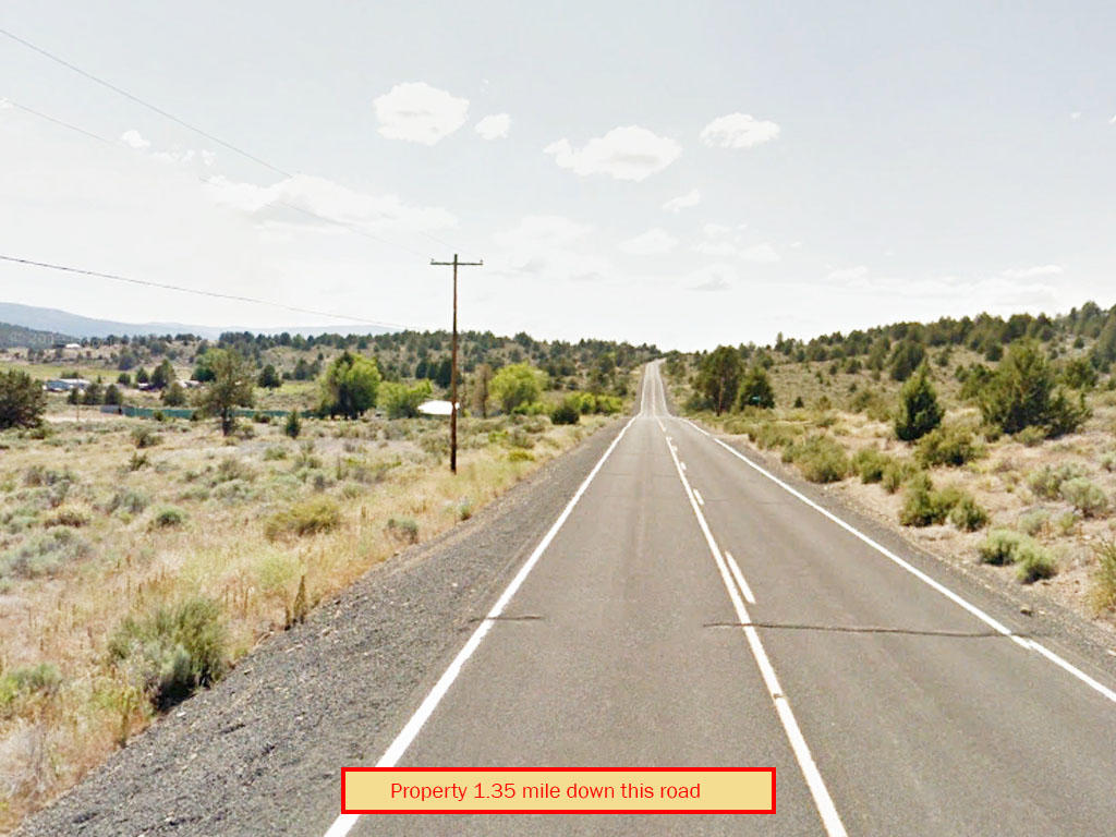 Sprawling 2 Acres in Southern Oregon - Image 4