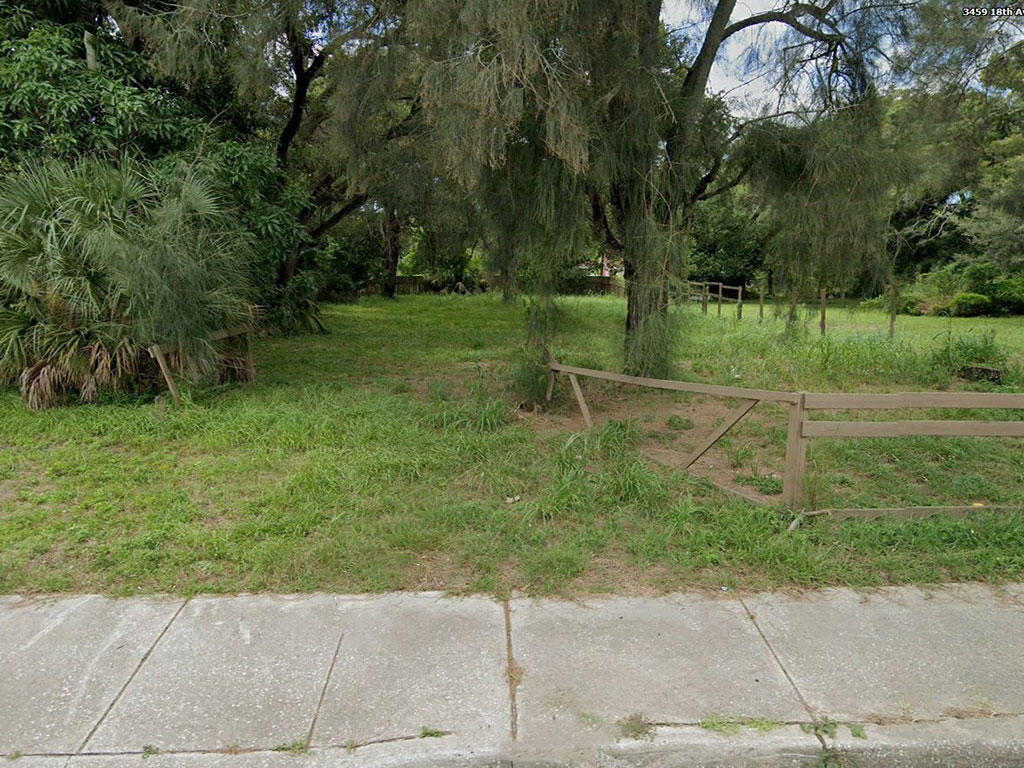 Unique property near homes and businesses - Image 0