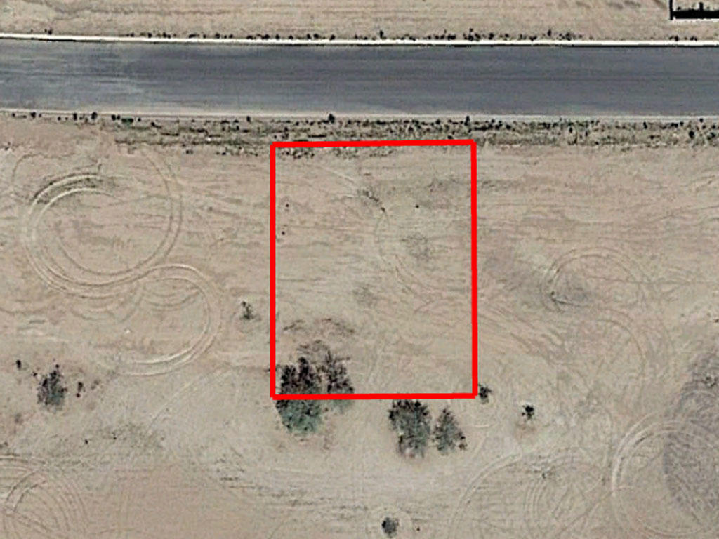 Neighborhood Property in Arizona City, Arizona - Image 1