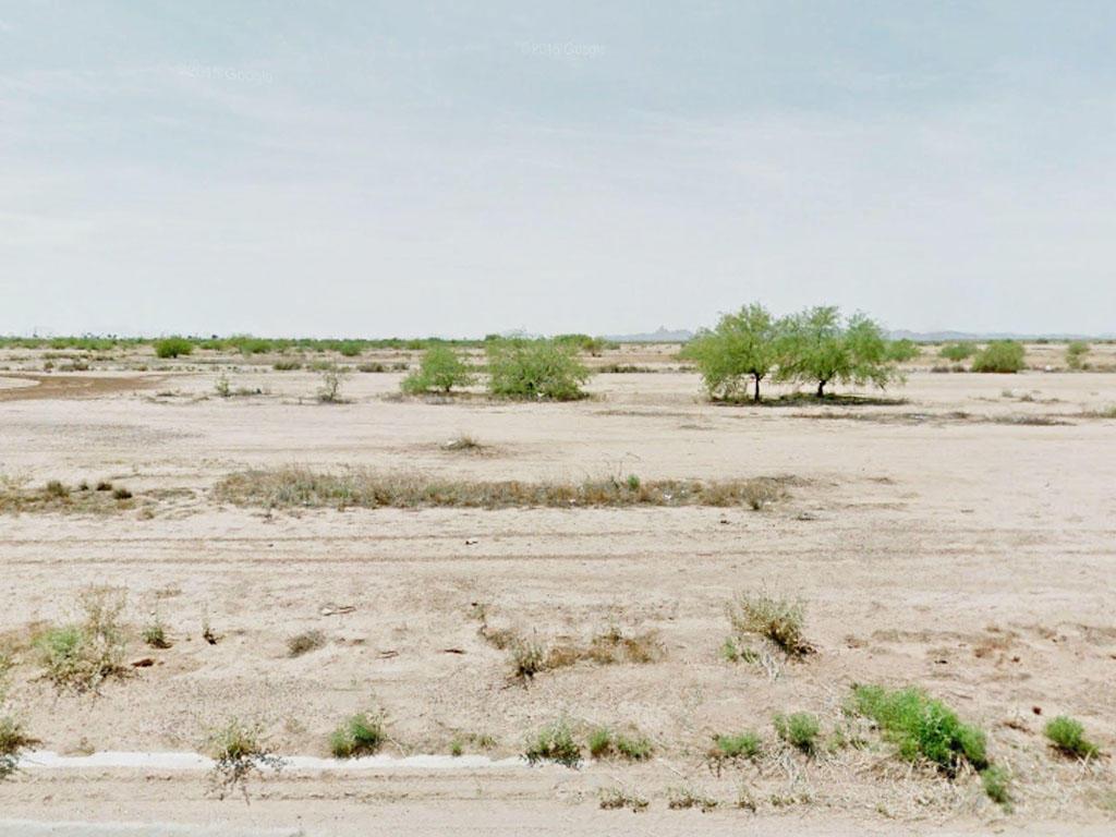 Neighborhood Property in Arizona City, Arizona - Image 0