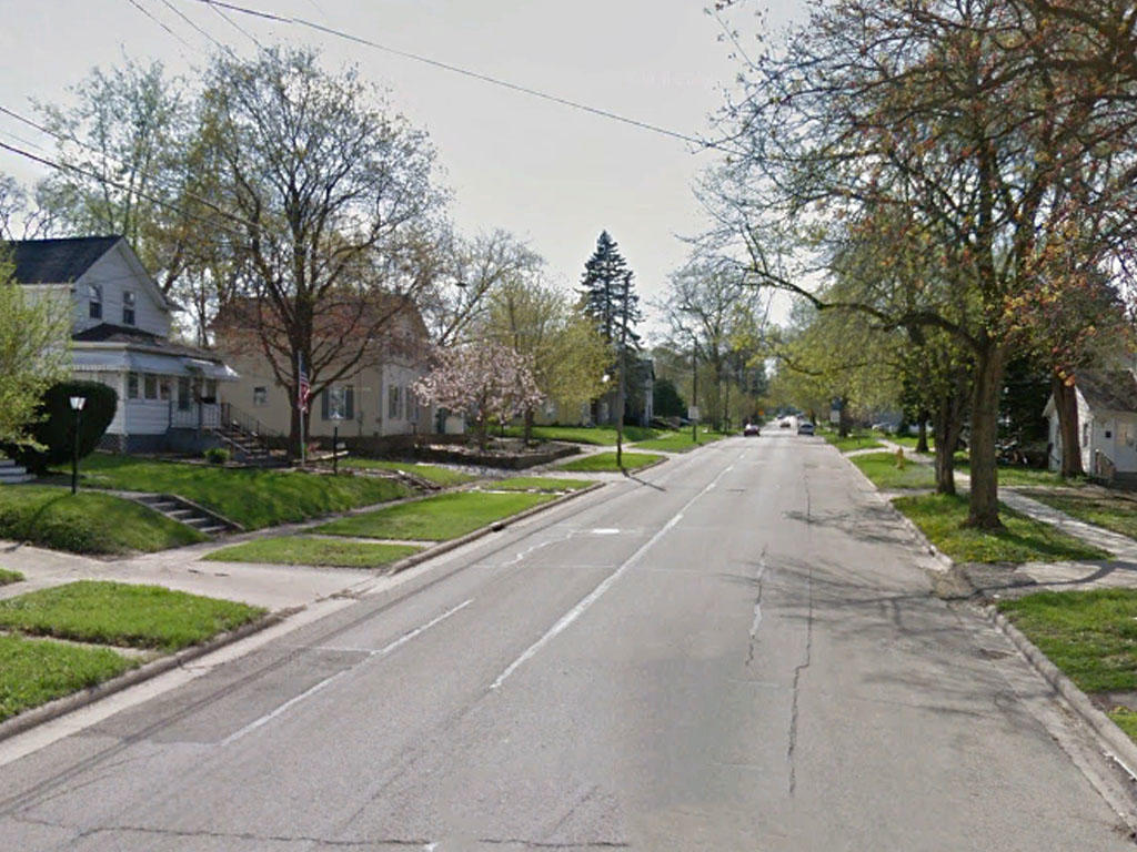 Charming Lot in Family Friendly Neighborhood - Image 4
