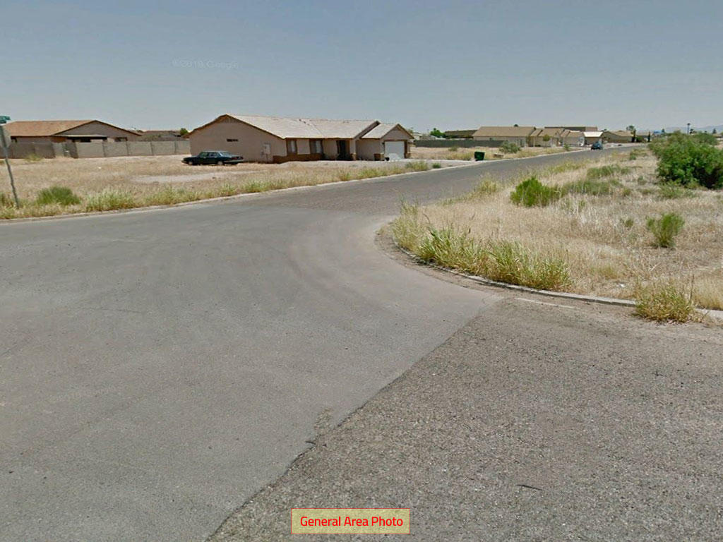 Beautiful Desert Lot in Family Friendly Town - Image 5