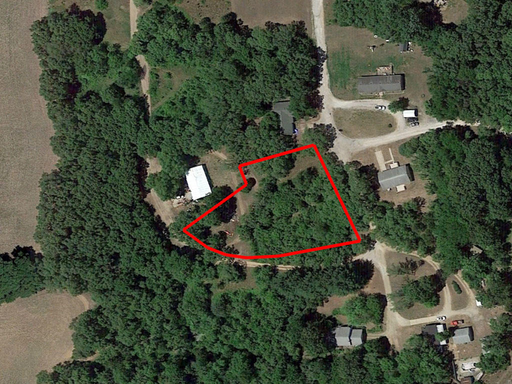 Large Lot just off the Illinois River - Image 1