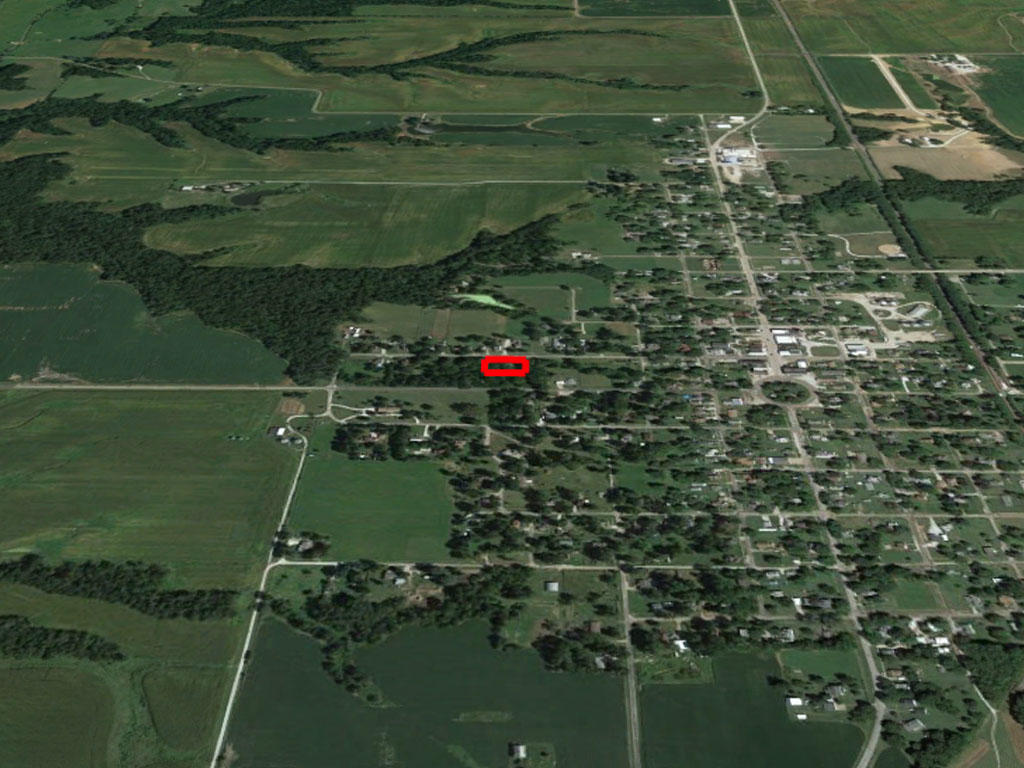 Large Lot in Peaceful Country Neighborhood - Image 2