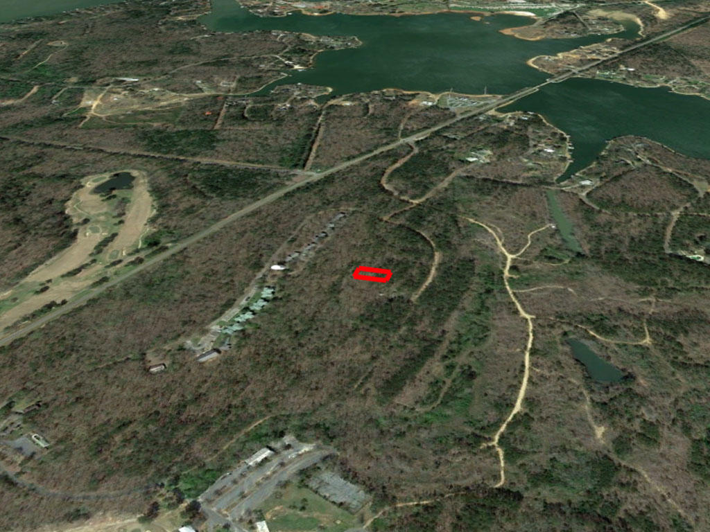 Close to Lakes and Golf Course in Central Alabama - Image 2