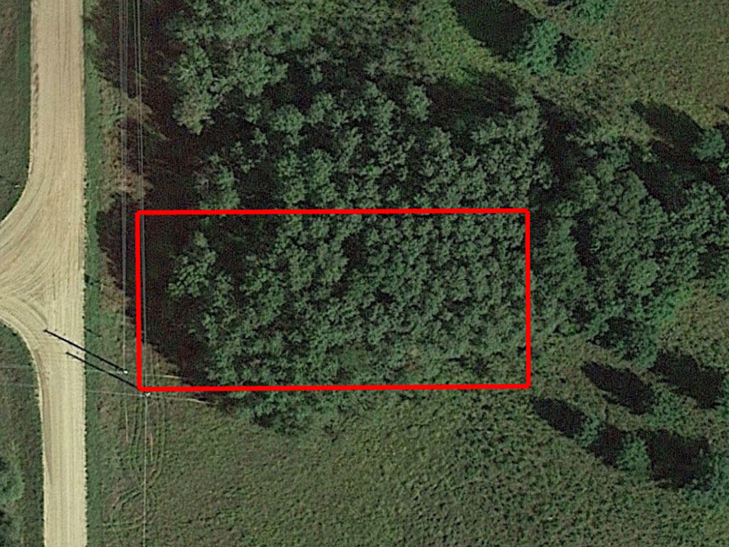 Just under a Half Acre in a Private Community - Image 1
