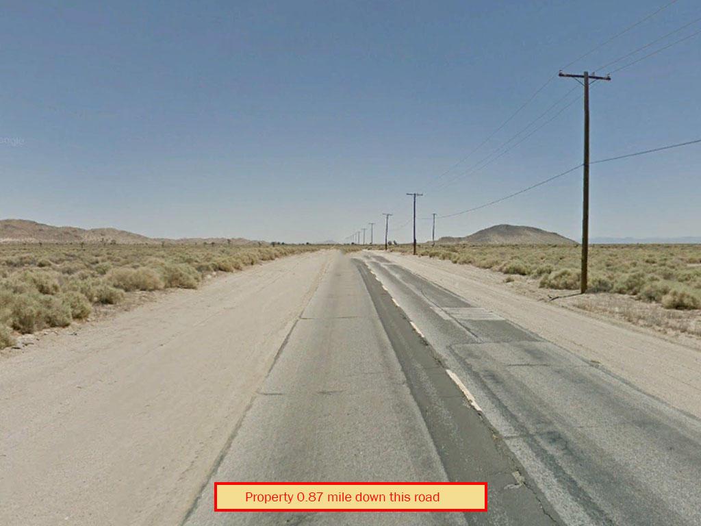 Private 2 Acre Lot in Mojave Desert - Image 4