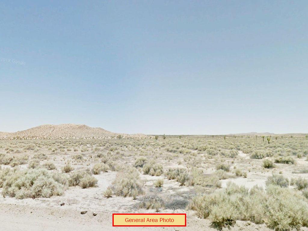 Private 2 Acre Lot in Mojave Desert - Image 0