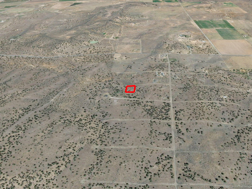 Northern California Escape Near Alturas - Image 2