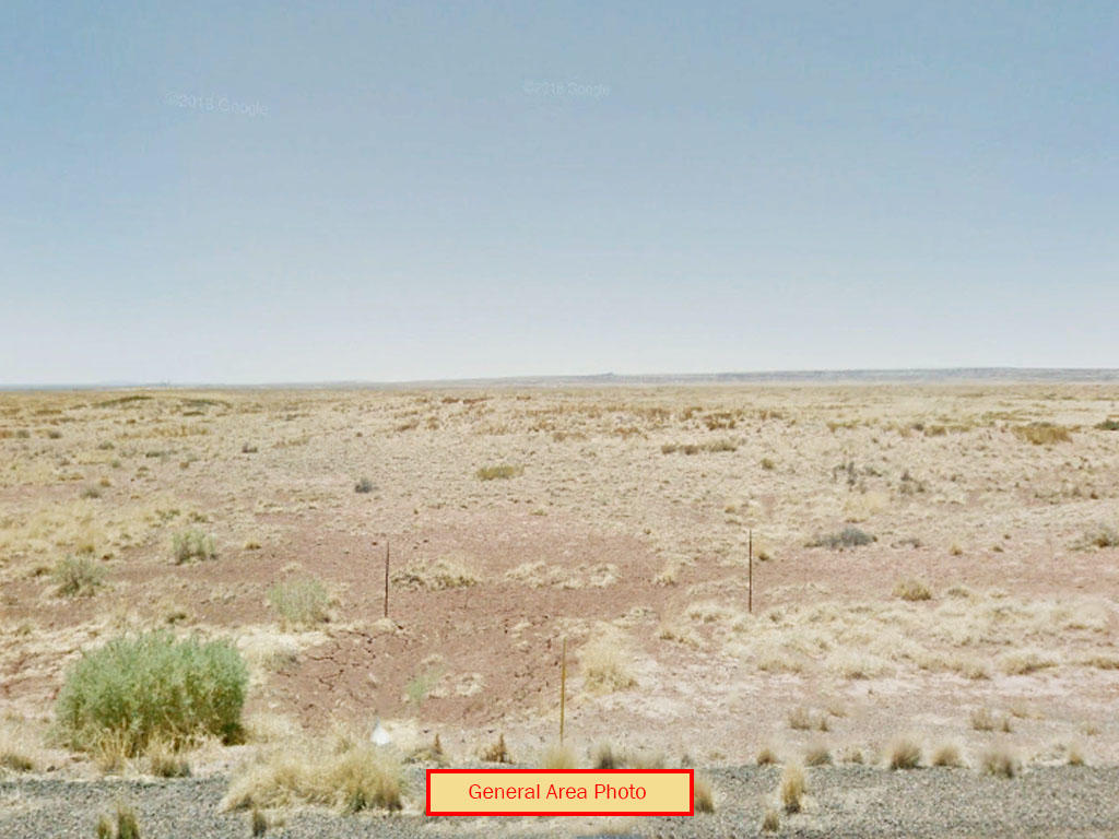 Off Grid Living in Arizona Desert - Image 3