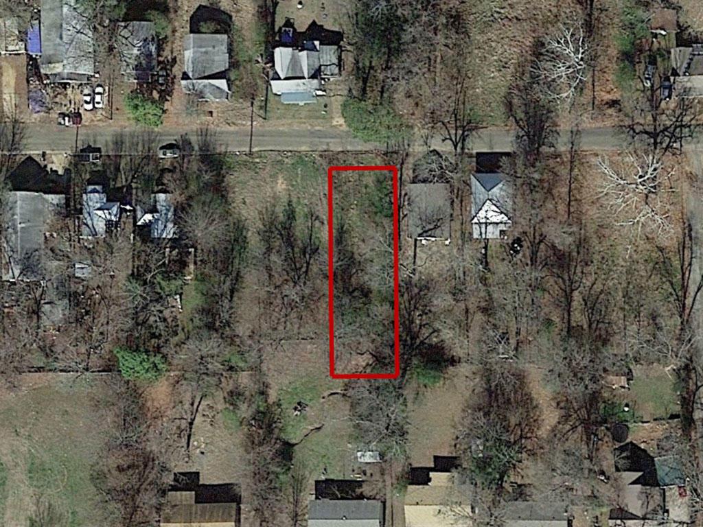 Northeast Texas Neighborhood Lot Inside City Limits - Image 1