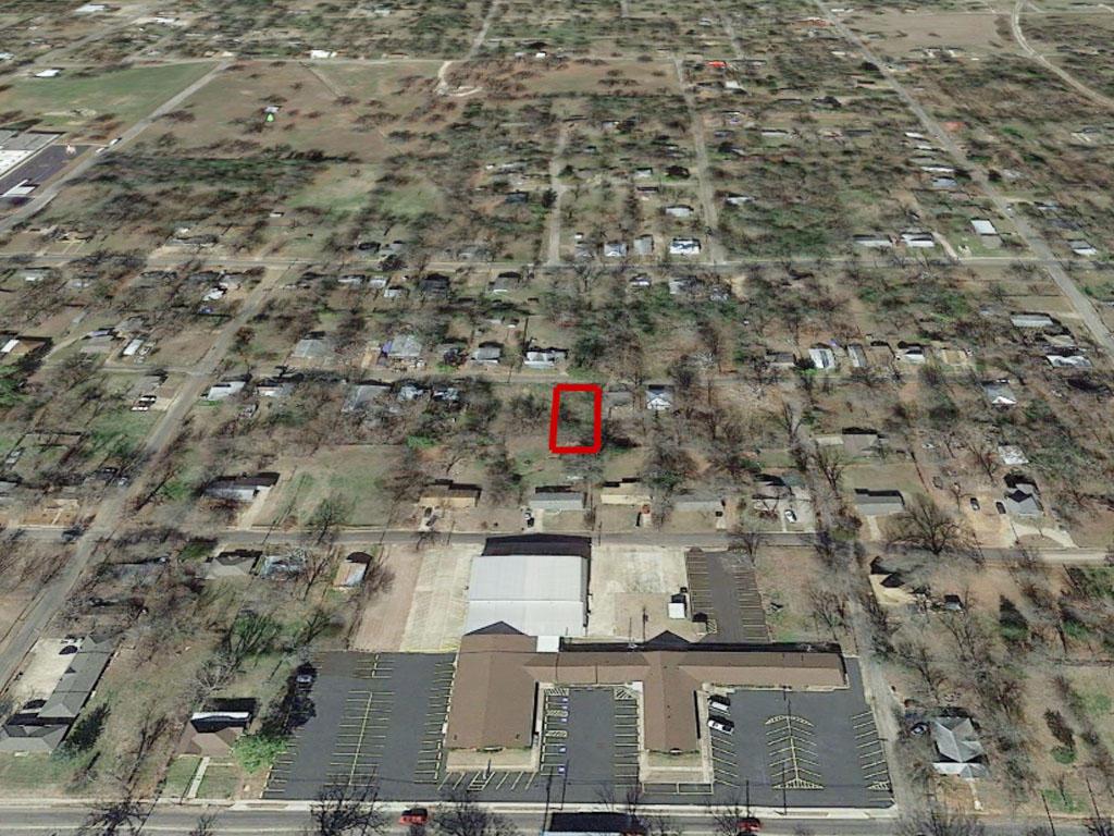 Northeast Texas Neighborhood Lot Inside City Limits - Image 2