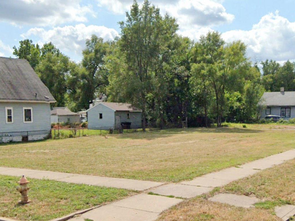 Corner lot in well established Peoria neighborhood - Image 3