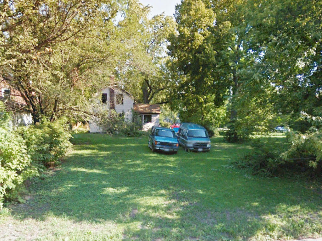 Property off the Pecatonica River outside of Chicago - Image 3